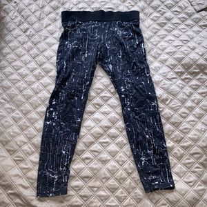 H&M Sport marble pattern workout athletic leggings